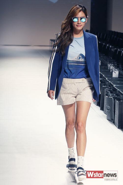 """Jae Kyung at """"2014 S/S Seoul Fashion Week"""""""