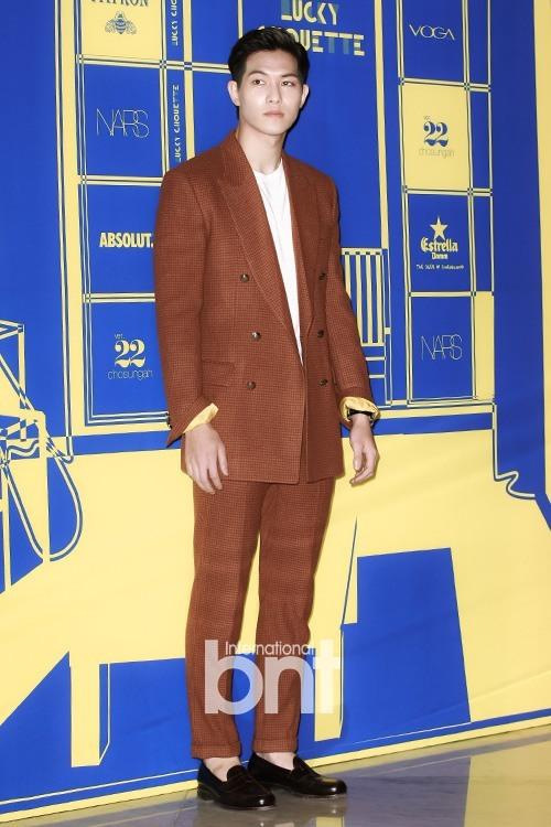 "CNBLUE's Jong Hyun at ""'HEY, SIS!' 2015 SS"""