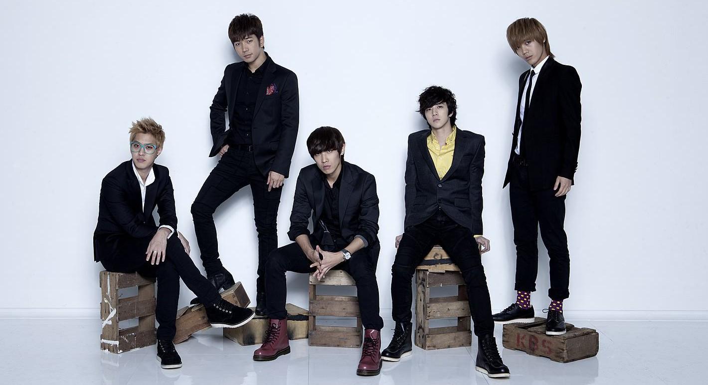 Photo: Naver Music