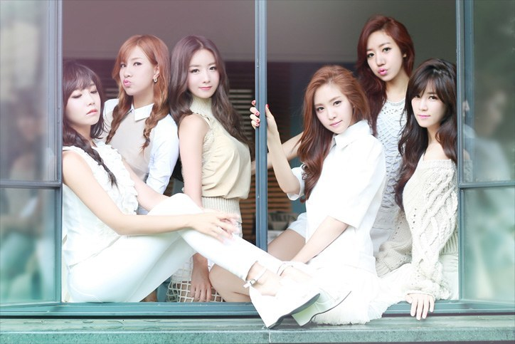 "Apink ""LUV"" concept photoshoot"