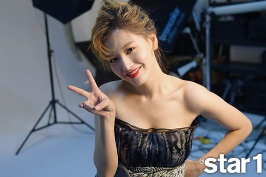 Behind cuts of @star1's photo-shoot