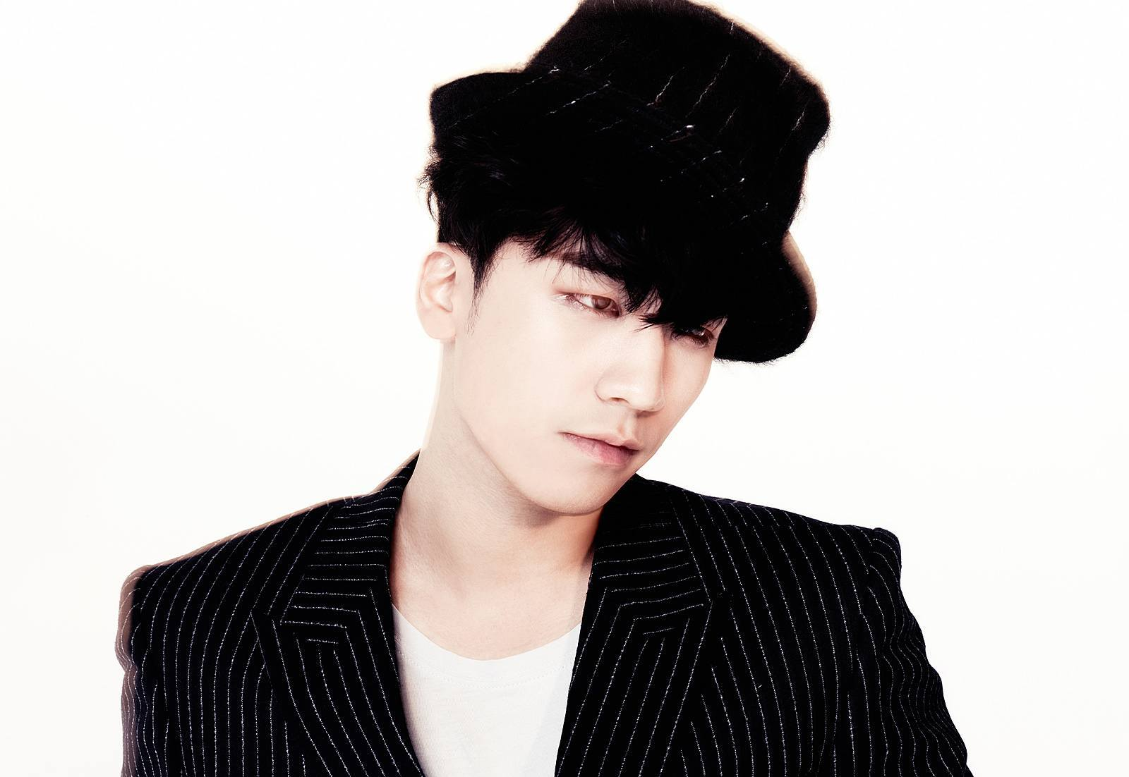 Photo: Seungri from Let's Talk About Love (Naver Music)
