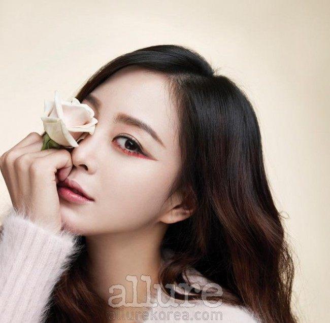 Han Ye Seul allure Dec 2014