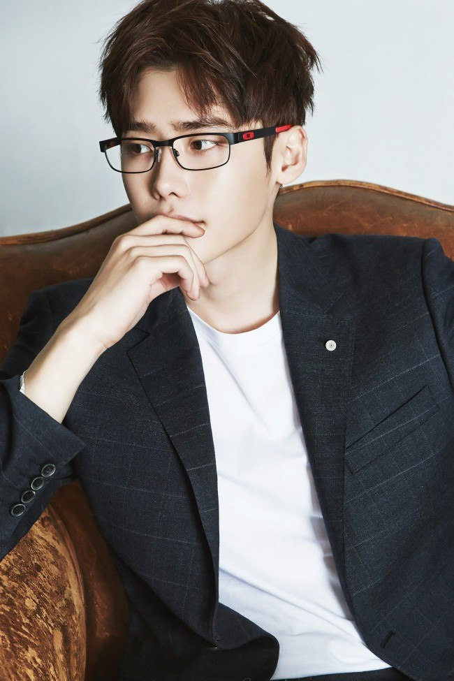 Lee Jong Suk for Oakley