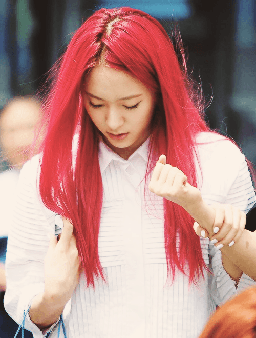 23 Photos Prove That Idols Have Dyed Their Hair Every