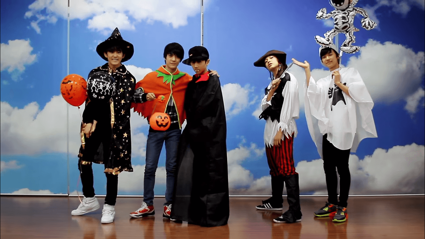 Appreciation] Throwback: SMTOWN HALLOWEEN PARTIES - Page 3 ...