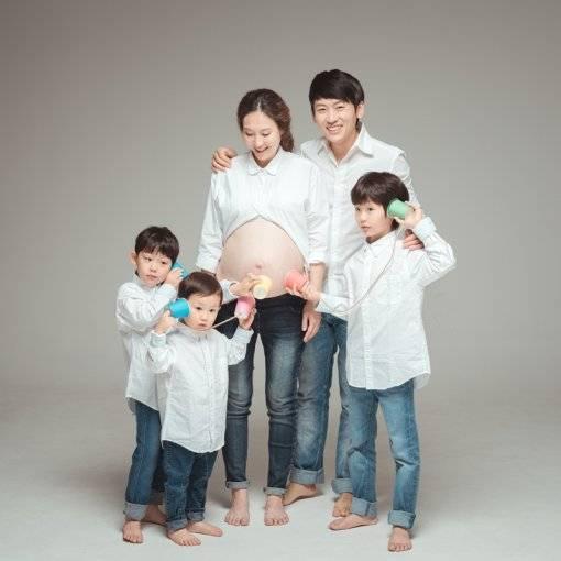 Park Ji Hun Family