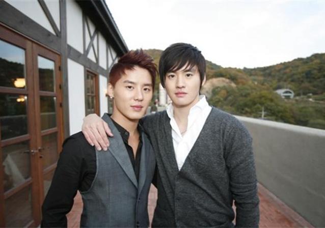 JYJ's Kim Junsu and Kim Junho