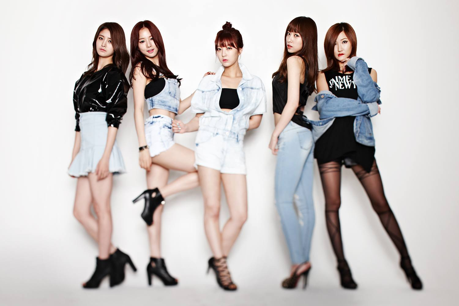 """EXID ranks #1 on Mnet music charts with """"Up & Down"""""""