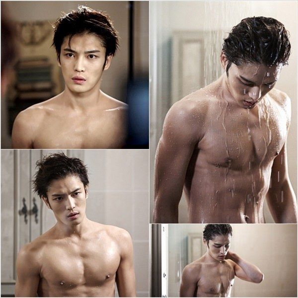 JYJ Jaejoong in Spy showing off his abs