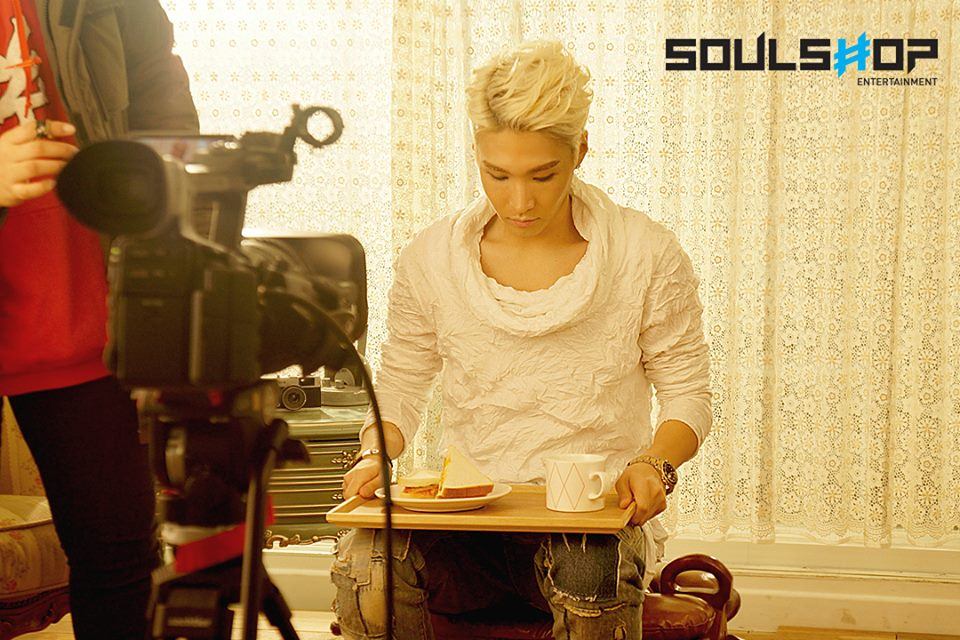 "Kixs shooting scenes for ""Beautiful"" music video"