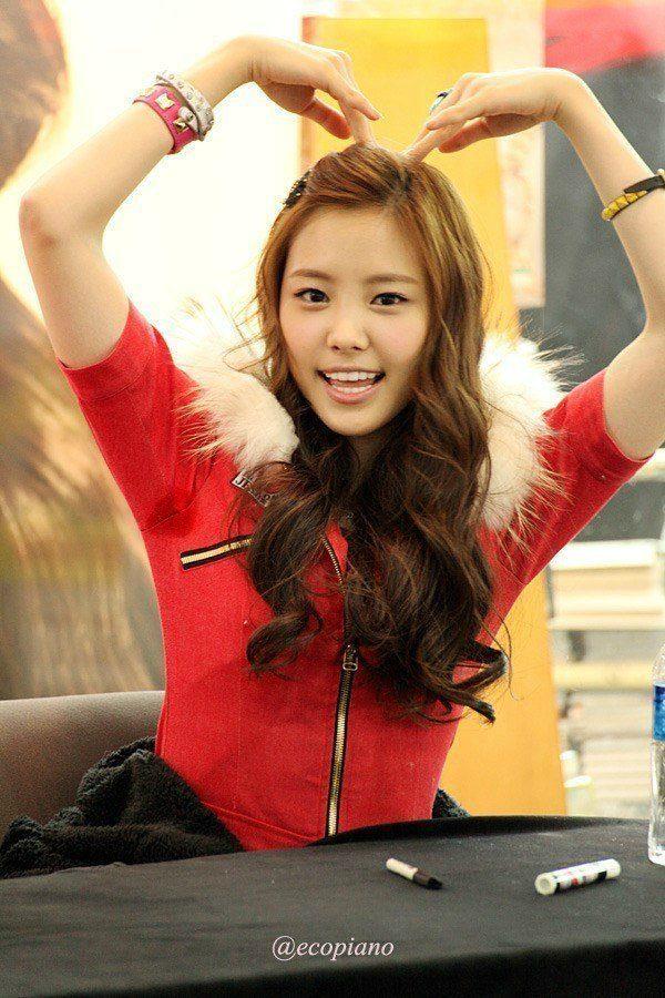 11 idols with sweaty armpits you u2019ll wish you never saw