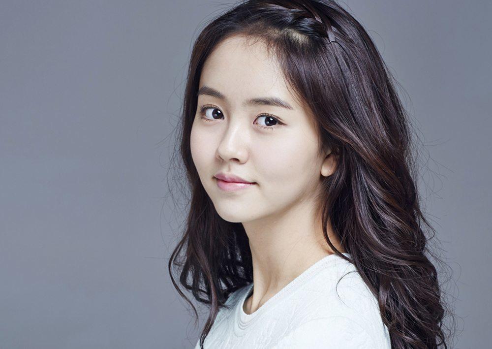 Kim so hyun to star as jyj member park yoochun s sister in sense