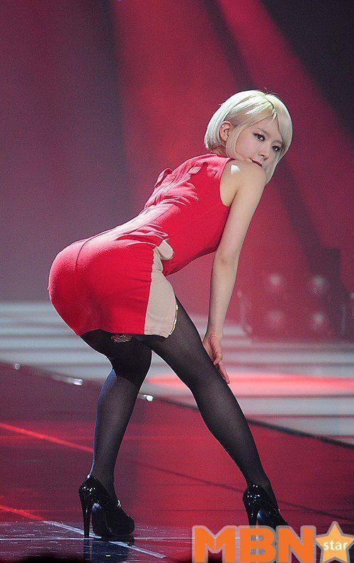 TOP 10 Female Idol Butt Ranking By Netizens