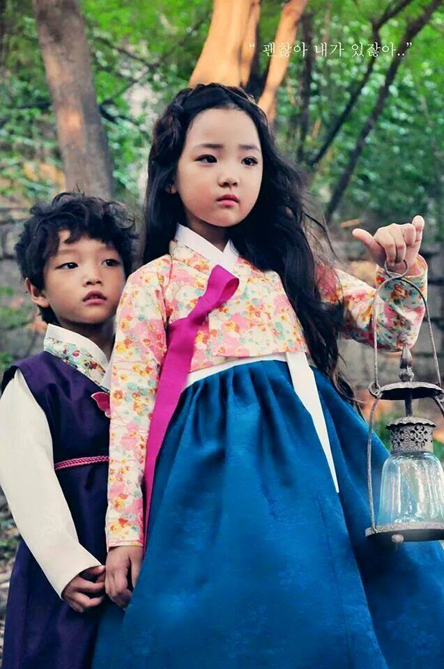 10 kids tried on tradition korean clothes  and the result