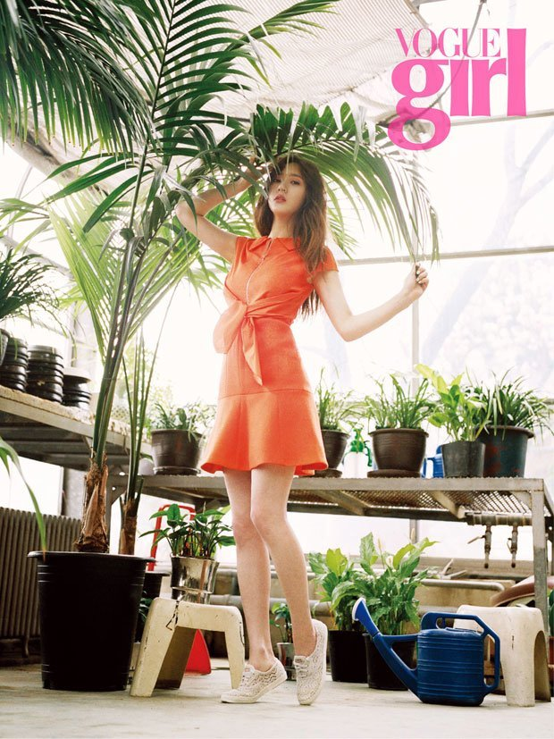 Krystal Vogue Girl May 2015-2