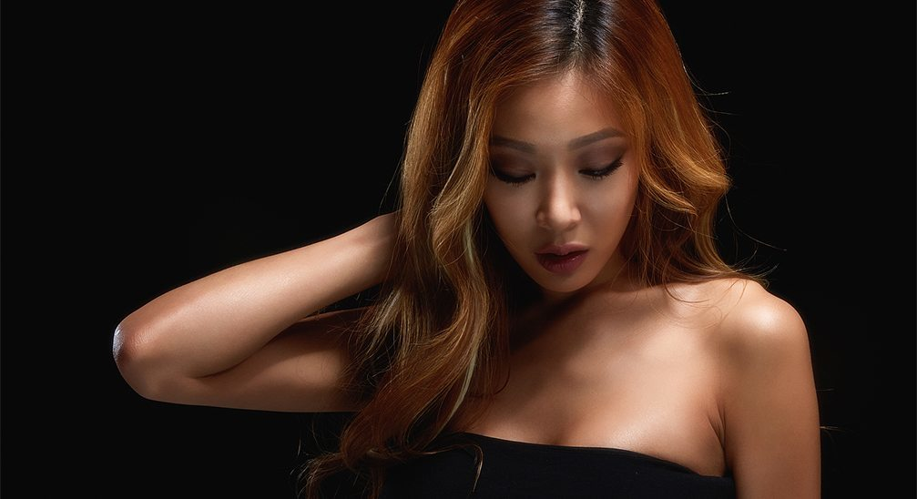 "Jessi will take on an ""Immortal Song"" stage challenge solo without her ...: www.koreaboo.com/news/jessi-will-take-immortal-song-stage-challenge..."
