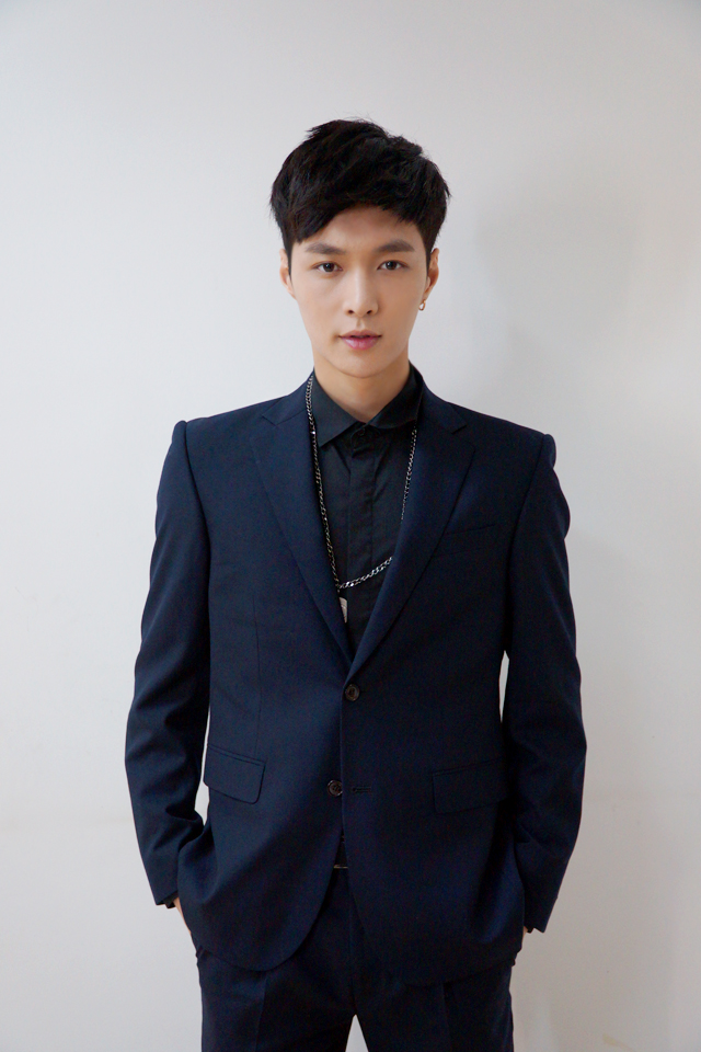 Lay SUPER STAR SMTOWN Chinese Launch 2