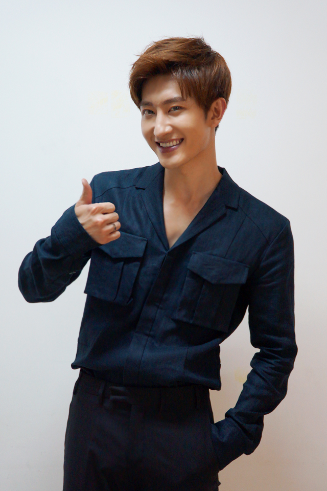 Zhoumi SUPER STAR SMTOWN Chinese Launch 2
