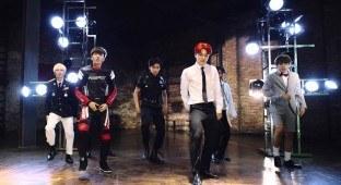 "BTS ""Dope"" MV"