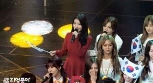 Jung Eunji's kindness towards IU - Instiz