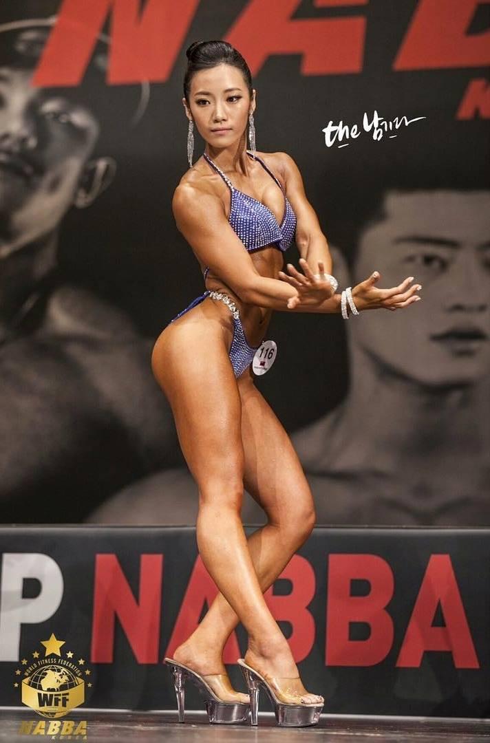 nude korea girls bodybuilders