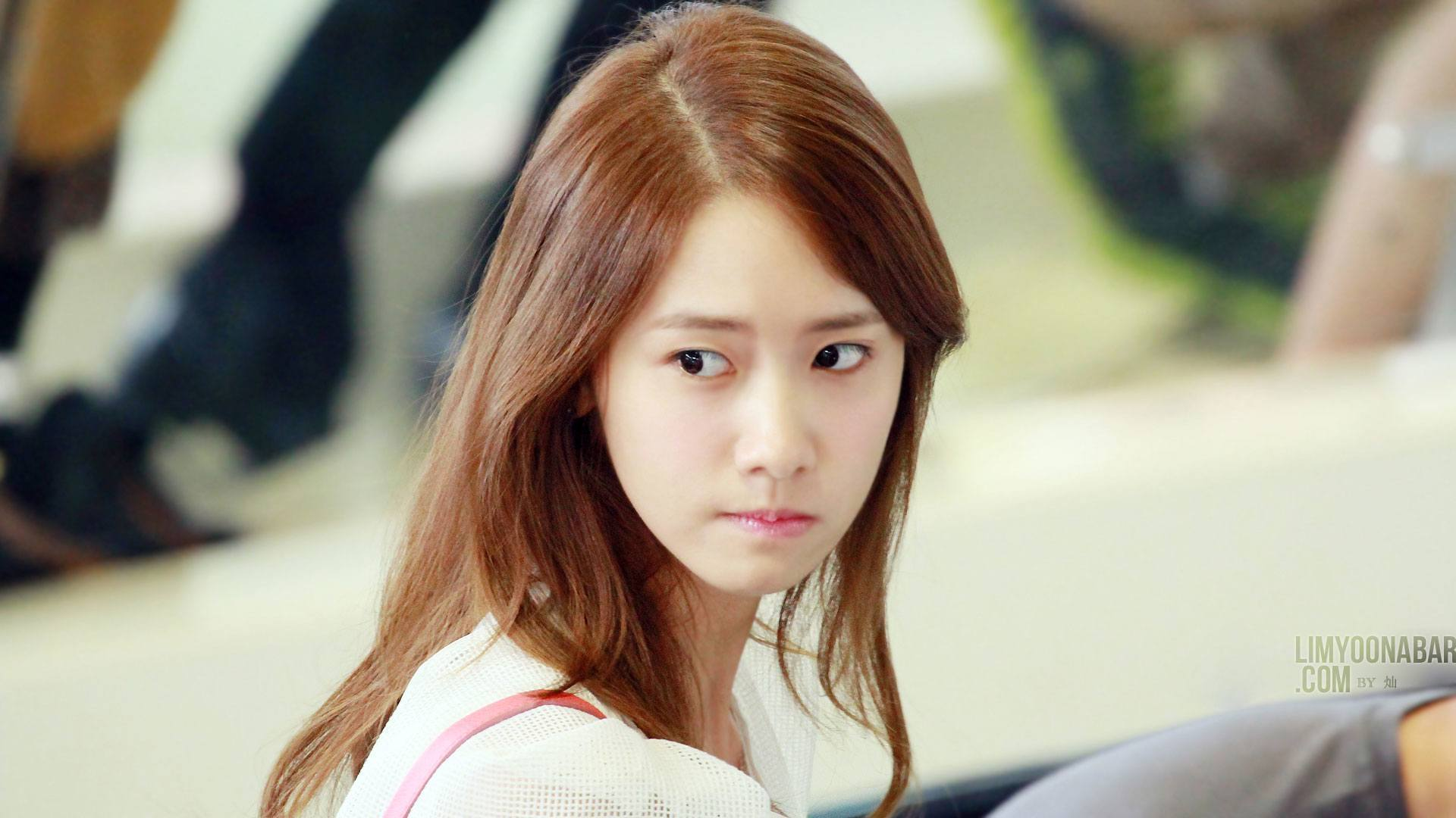 Netizens reveal the TRUTH behind SNSD Yoona's plastic ...