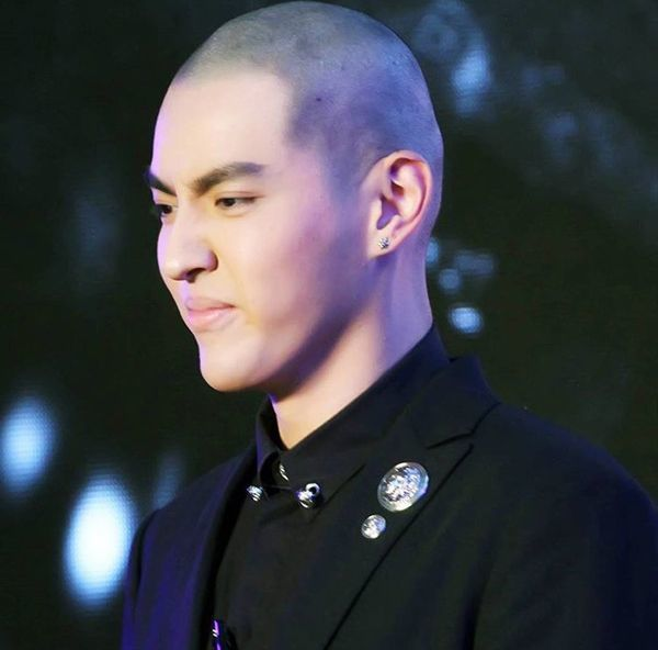 Wu Yifan shocks fans with his new shaved hairstyle