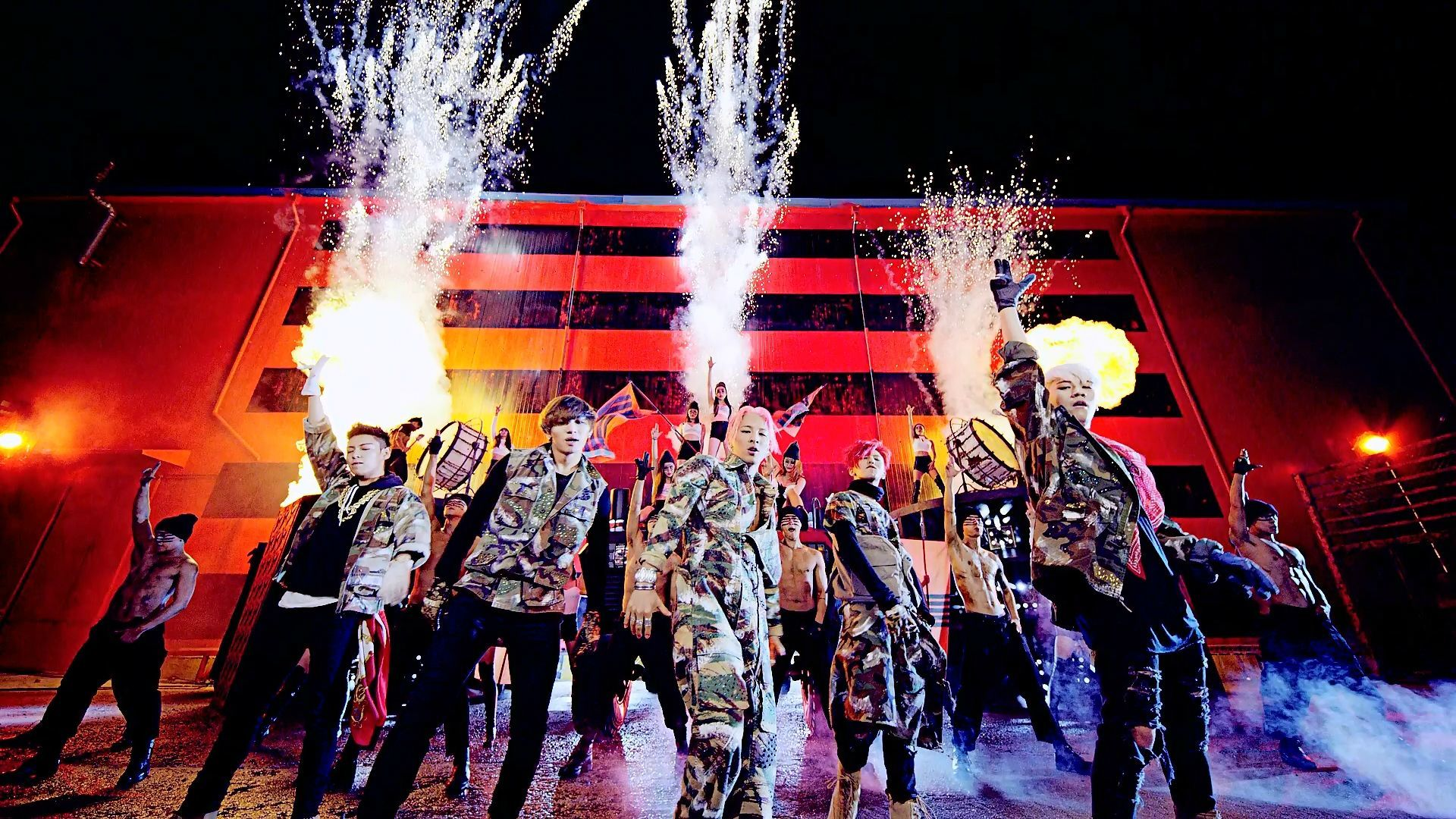 YG Entertainment / BIGBANG's Official YouTube