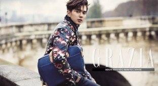 Yoo Seung Ho - Grazia - Samsonite RED official Facebook