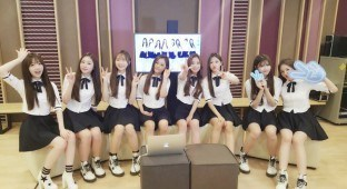 Lovelyz Facebook / Woollim Entertainment