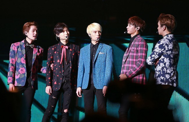 Shinee_at_the_SHINee_World_Concert_III_in_Taiwan