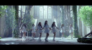 "Oh My Girl's ""Closer"" MV / WM Entertainment"