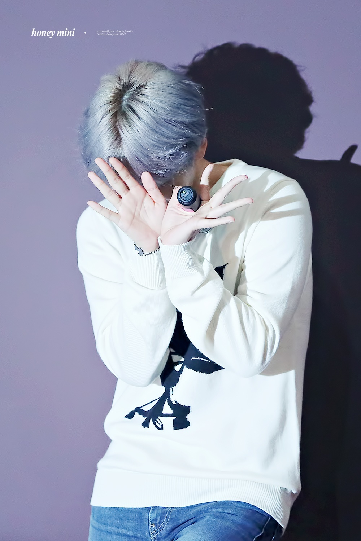 Netizens Discover Reason Baekhyun Keeps Changing His Hair