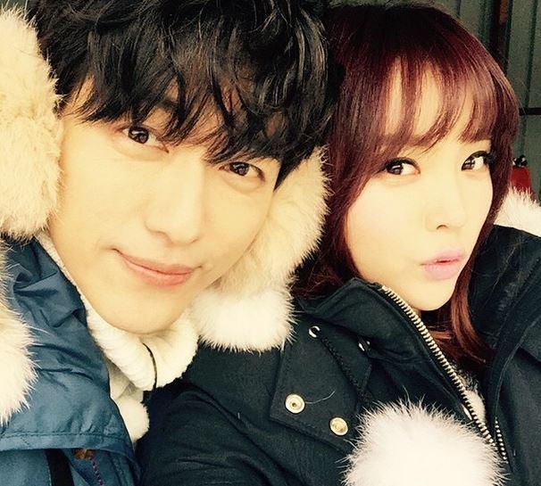 hong-jin-young-nam-goong-min-go-sledding
