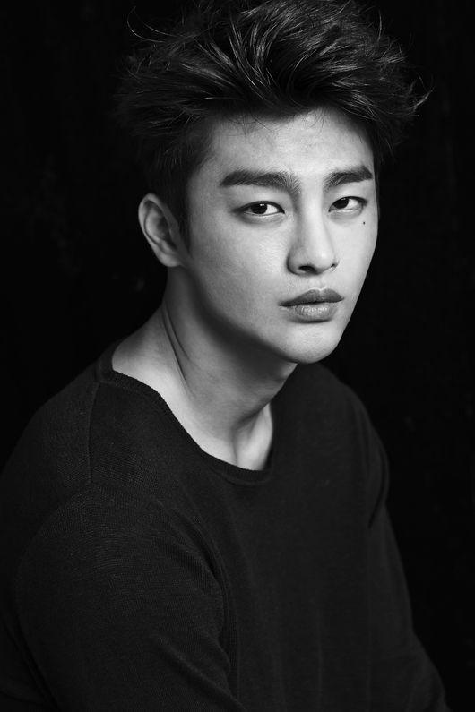 Image: Seo In Guk's Facebook / Jellyfish Entertainment