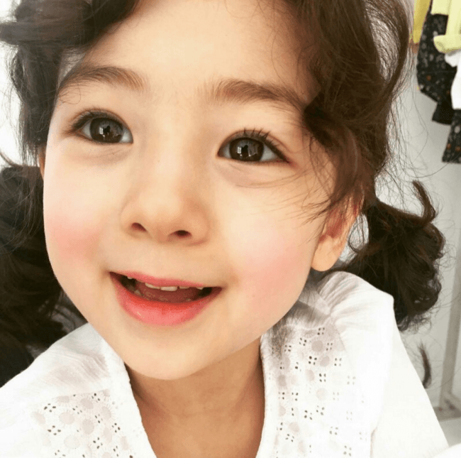 This Baby Is Going VIRAL In Korea For Being The PRETTIESTKorean Toddler