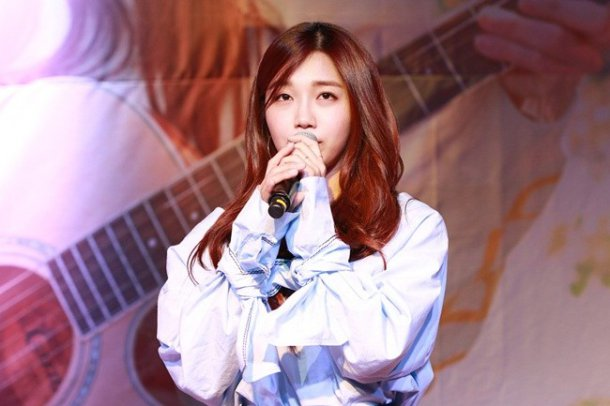 "Image: Apink Jung Eunji at ""DREAM"" showcase / Plan A Entertainment"