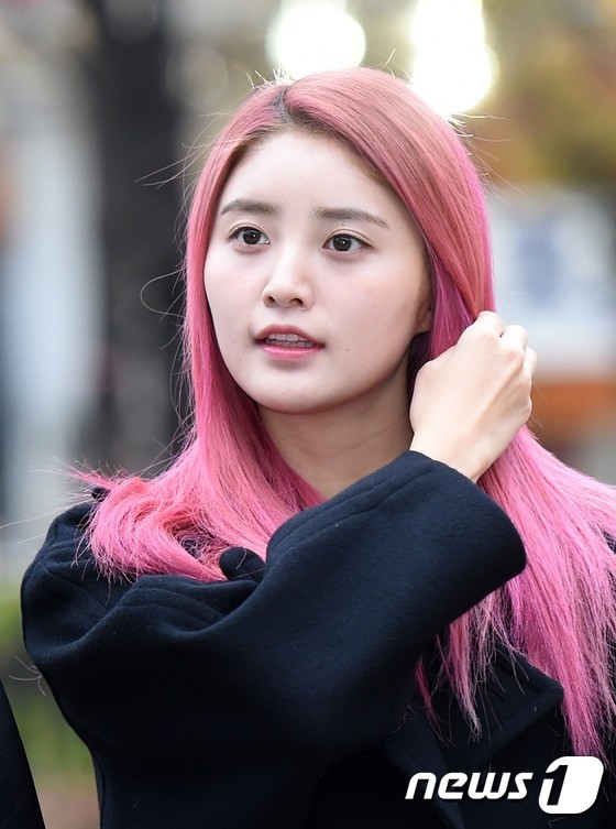 Female Idols Who Rocked Pink Hair Koreaboo