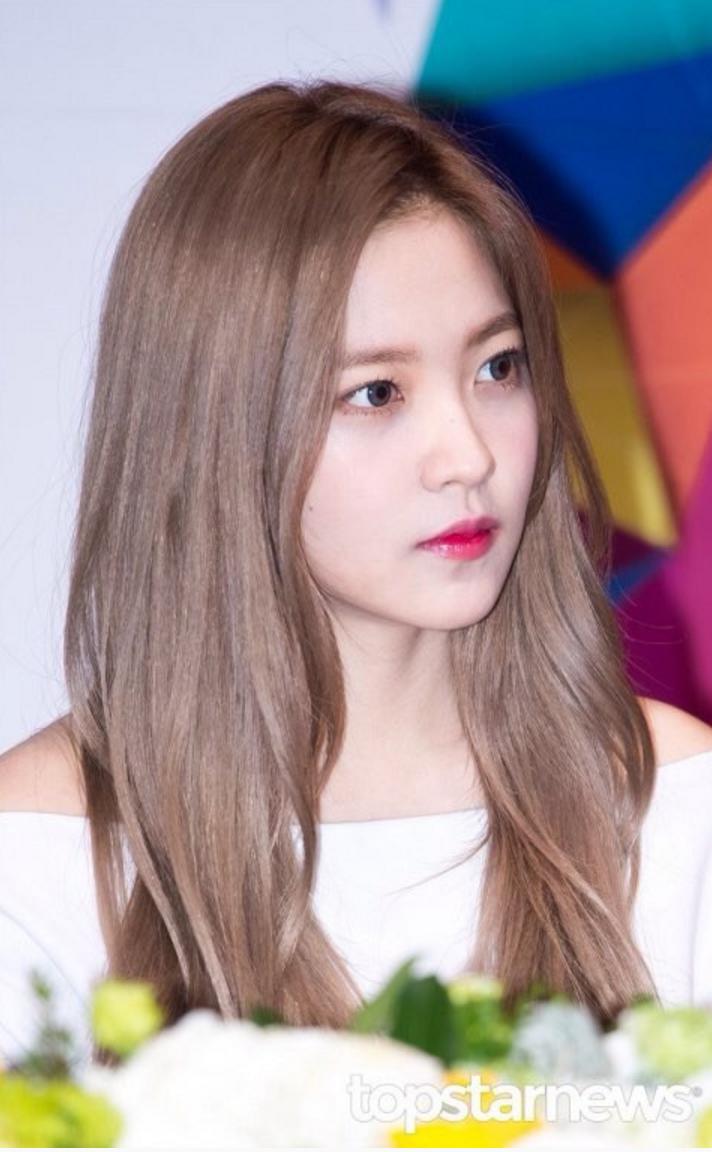 Korean Fans Claim Red Velvet Yerin Has UPGRADED Her Visuals With New Hair  K