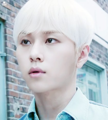 These 20 Male K Pop Idols Show How Amazing Silver Hair Can Look On Guys Koreaboo