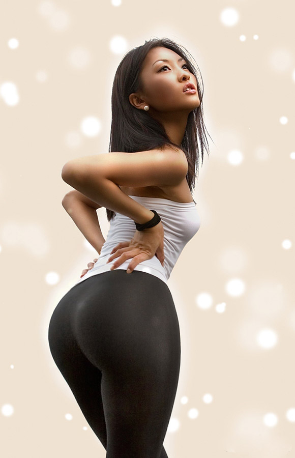 wide hips girls with Asian