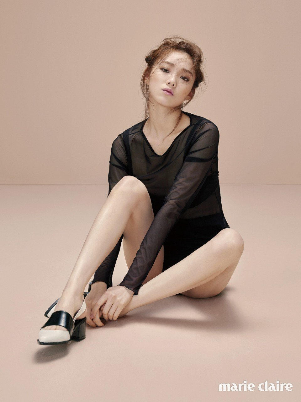 Model Lee Hyun Ji Yg Kplus: YG Model Lee Sung Kyung Proves You Can Be Sexy As Hell