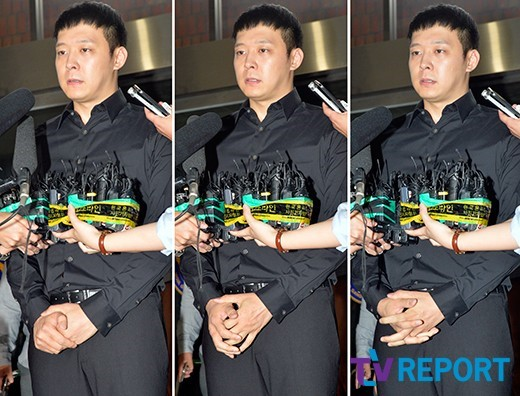 Image: Park Yoochun intercepted by the media as he heads in to cooperate with police investigation
