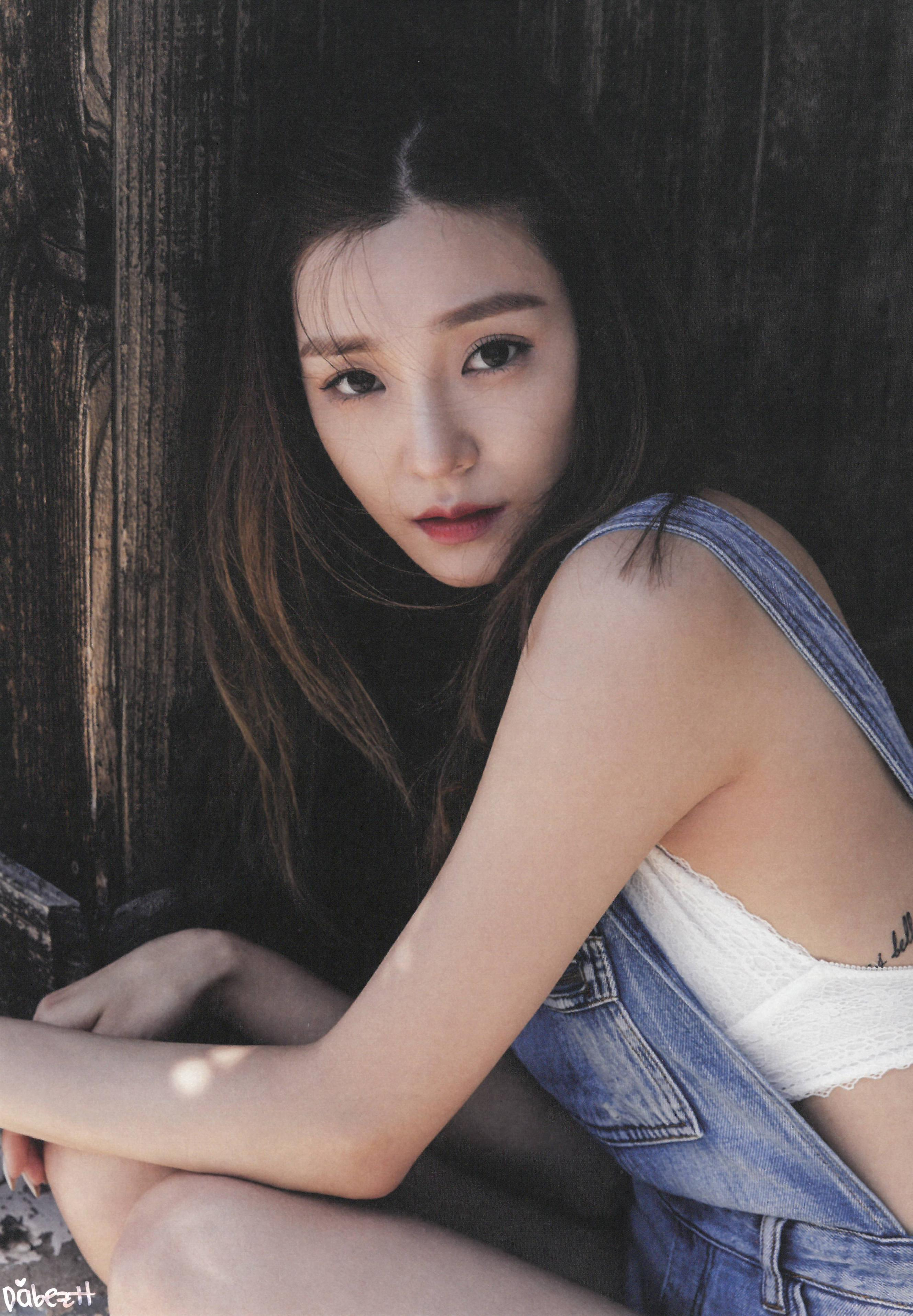 tiffany releases full photo book collection for i just wanna dance koreaboo. Black Bedroom Furniture Sets. Home Design Ideas