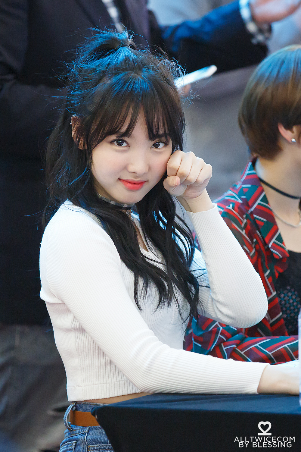 Twice S Nayeon Wins The Hearts Of Fans With Impressive