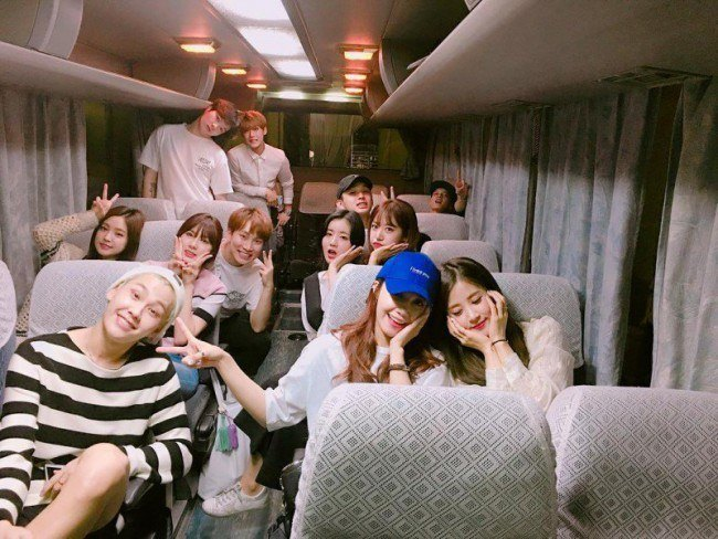 BTOB and Apink are always seen together but are never