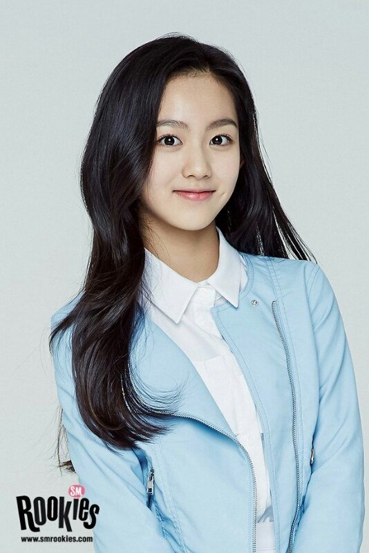 Image: Lami / 2003.03.03 / Busan, South Korea / Acting, visual, dance. SM Entertainment