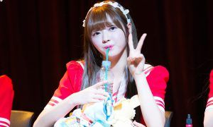 Oh My Girl's Yooa posing for the cameras.