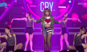 """Minhee dressed up as Harley Quinn during STELLAR's stage for """"Crying."""""""